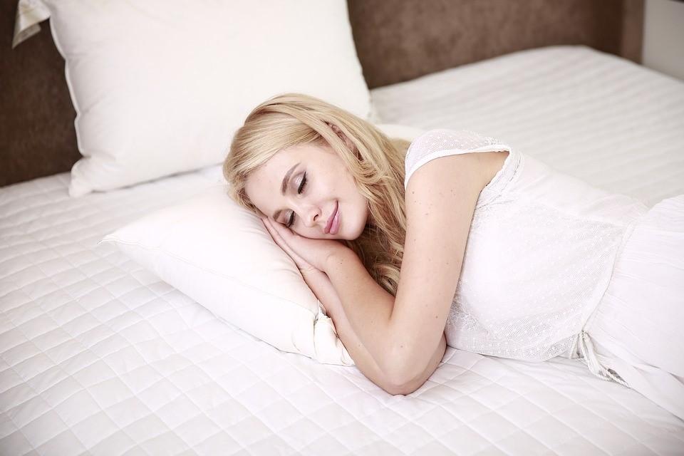 出産直後眠れないのはなぜ?