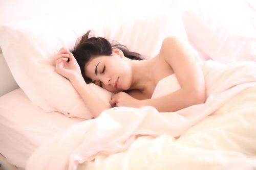 産後の眠れない時にできる対処法を5つ紹介します!
