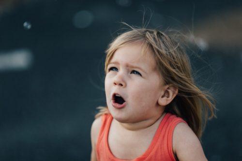赤ちゃんの口が臭い?その理由とは?