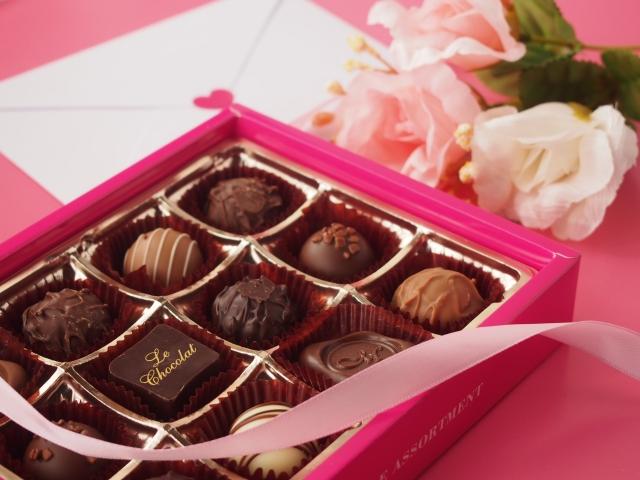 職場でのバレンタインで女性に渡す場合のポイントは?この5つが大切!