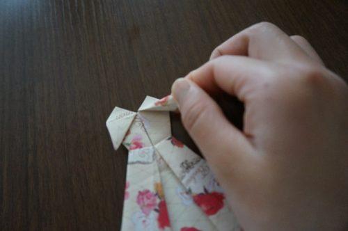 ドレスの折り方28