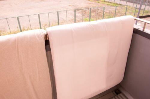 梅雨に布団が干せないときの対処法は?