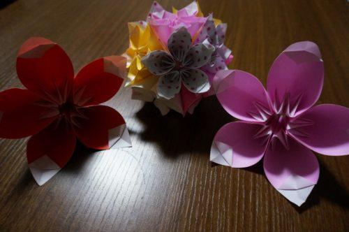 桜の飾りの折り方は?普通のものとは違うの?