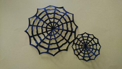 巣 折り紙 蜘蛛 の 折り紙でハロウィンの折り方。簡単に子供でも10月のかわいい飾りを作れます♪保育園児にもオススメ!