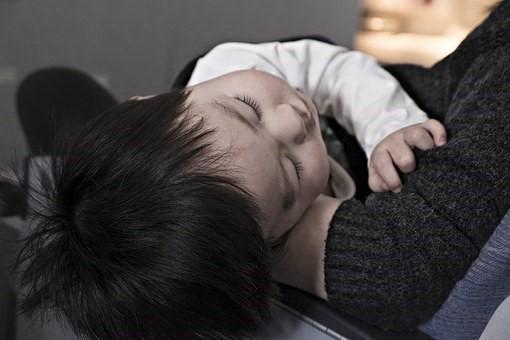 子供が水疱瘡で熱がある場合はどうする?