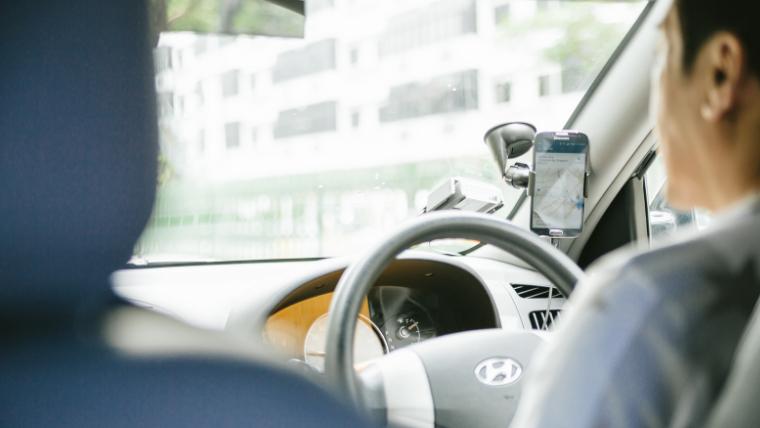 ライドシェアの道路運送法が!カーシェアとの違いやデメリットとは?